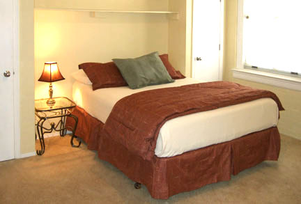 105 Second bedroom with queen Bed - Gym Club Suites, Bisbee Arizona Hotels