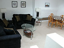 402 Living Room - Gym Club Suites, Bisbee Arizona Hotels